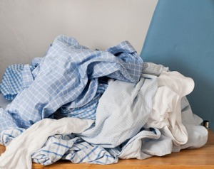 laundry-pile-on-cart-3